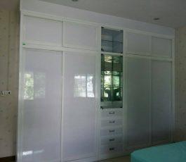 ตู้เสื้อผ้าและห้องนอน แข็งแรงทนทานสวยงาม ด้วยโครงสร้างอลูมิเนียม